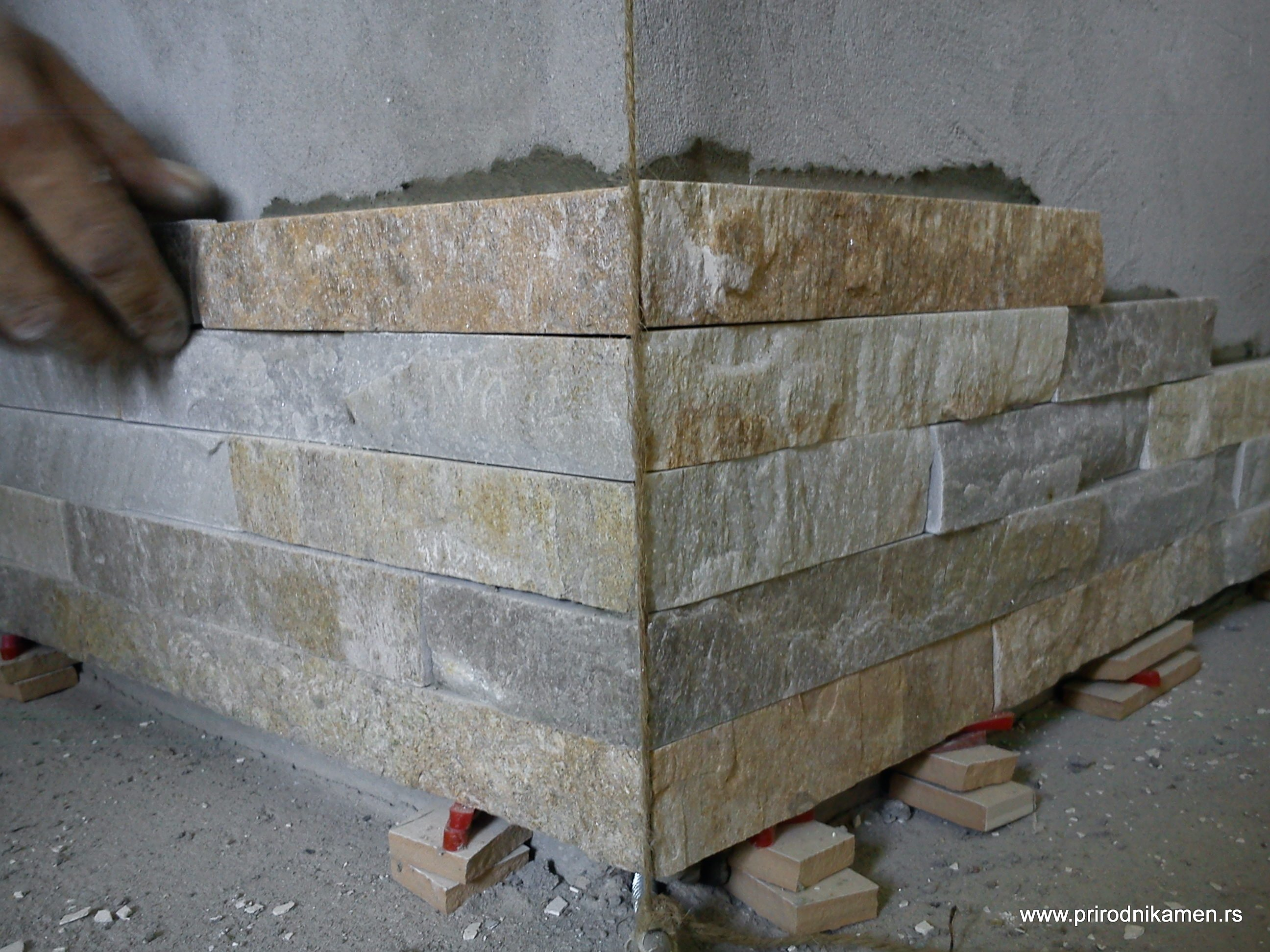 Ugradnja prirodni kamen-gerovane ivice (9)