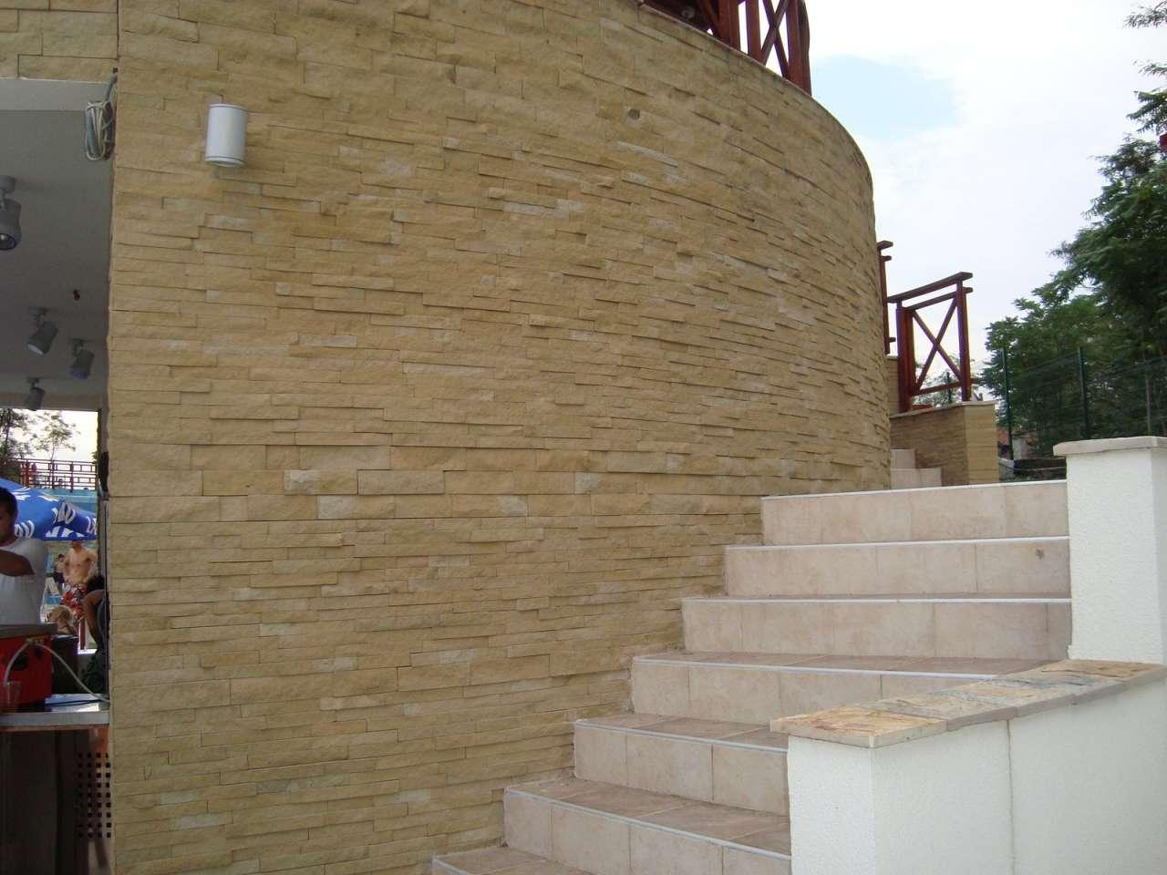 Dekoracije prirodnim kamenom-hotel (14)