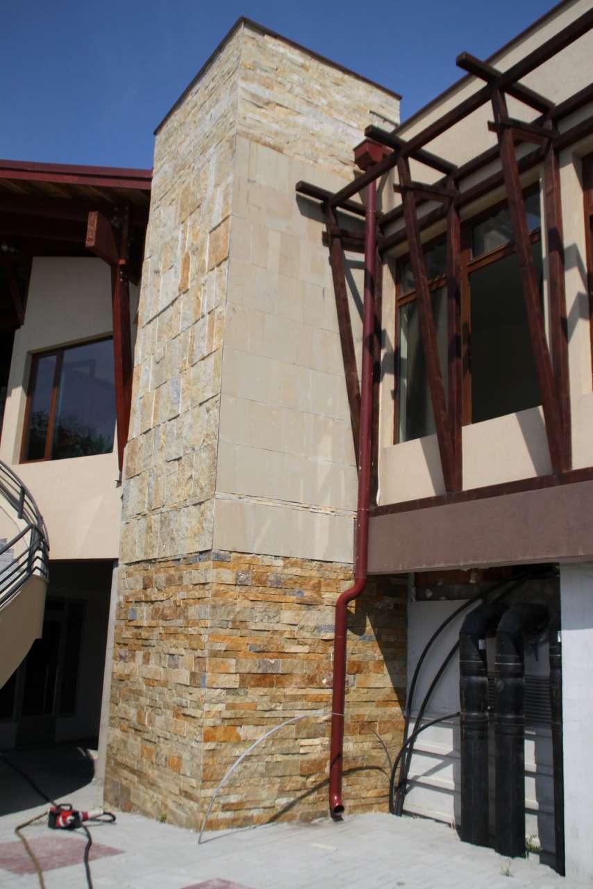 Dekoracije prirodnim kamenom-hotel (44)