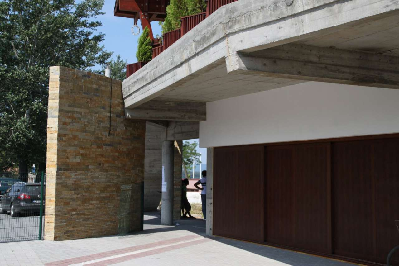 Dekoracije prirodnim kamenom-hotel (48)