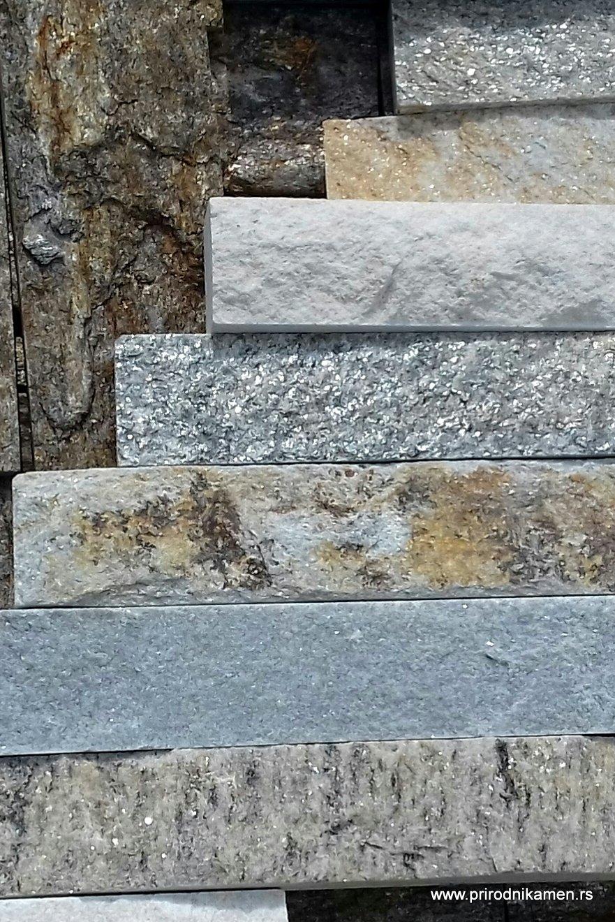 Dekorativni kamen u dnevnom boravku
